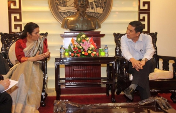 Meeting with Chairman of people's committee of HCMC