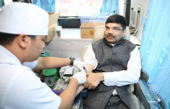 Consul General attended  the blood donation day on 11.11.2017