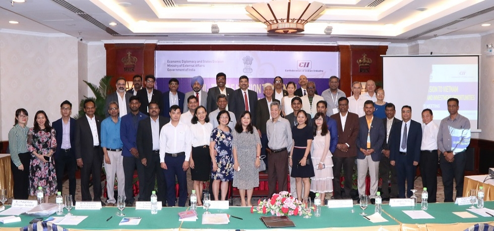 Business interaction organized by the Consulate for CII delegation with representatives of Vietnamese textile industry in Ho Chi Minh City on 19 December, 2018