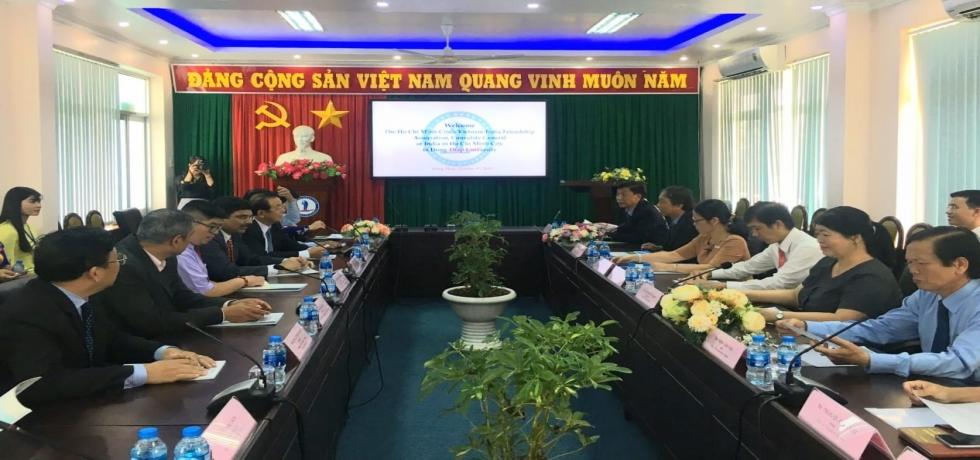 Visit to Dong Thap Province by Dr. K. Srikar Reddy on 03 October 2019 at the invitation of HUFO, VIFA and the Dong Thap Union of Frienship Organization.  Consul General called on Mr. Pham Thien Nghia, Vice Chairman of the People´s Committee of Dong Thap Province and both sides discussed further cooperation between India and Dong Thap Province.