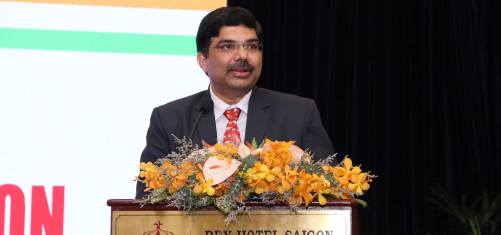 Consul General Dr. K. Srikar Reddy's welcome remarks during the B2B Meeting organized by the Consulate General of India, HCMC in coordination with the Vietnam Textile & Apparel Association (VITAS), Vietnam Cotton and Spinning Association (VCOSA) and Ho Chi Minh City Textile and Garment Embroidery Association (AGTEK) on 21st November, 2019 for the visiting Indian Industry Delegation participating at the 19th Vietnam International Textile & Garment Industry Exhibition (VTG 2019) from 20-23 November, 2019.