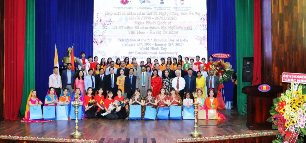 Celebration of World Hindi Day, Pravasi Bharatiya Divas and 30th Anniversary of Vietnam-India Friendship Association in the HCMC University of Social Sciences and Humanities on 8th January, 2020