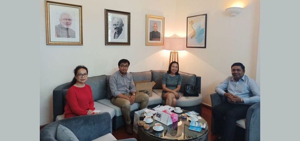 Consul General Dr. Madan Mohan Sethi welcomed Madam Nguyen Duy Linh Thao, Director, Kien Giang Tourism, Commerce, Investment Promotion Center on September 07, 2020. Both sides discussed matters of cooperation in areas of mutual interest.