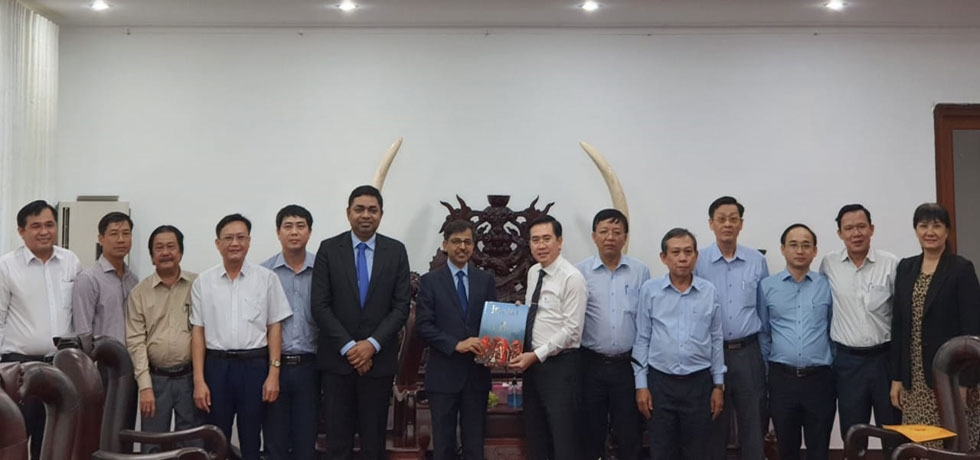 H.E Mr. Pranay Verma, Ambassador of India to Vietnam and Dr. Madan Mohan Sethi, Consul General of India visited Ninh Thuan Province on October 17, 2020 and were received by Mr. Pham Van Hau, Vice Chairman of the Provincial People's Committee.