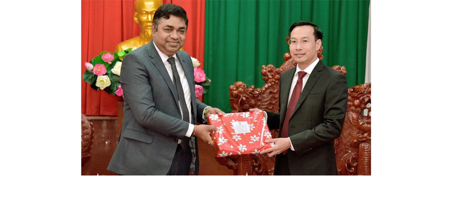 Meeting of Dr. Madan Mohan Sethi, Consul General with Mr Nguyễn Thanh Nhàn, Vice Chairman of Kien Giang People's Committee on 28th December 2020.