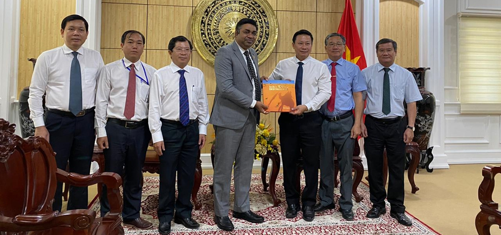 Meeting of Dr. Madan Mohan Sethi, Consul General with H.E. Mr. Nguyen Thanh Ngoc, Chairman of the People's Committee of Tay Ninh Province on 5th January 2021.