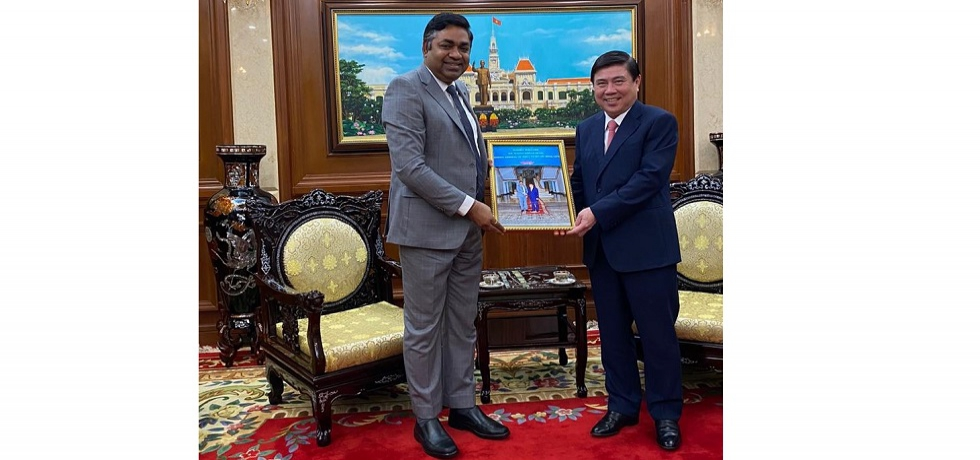 Consul General Dr. Madan Mohan Sethi called on H.E. Mr. Nguyen Thanh Phong, Chairman of Ho Chi Minh City People's Committee on 13th January, 2021