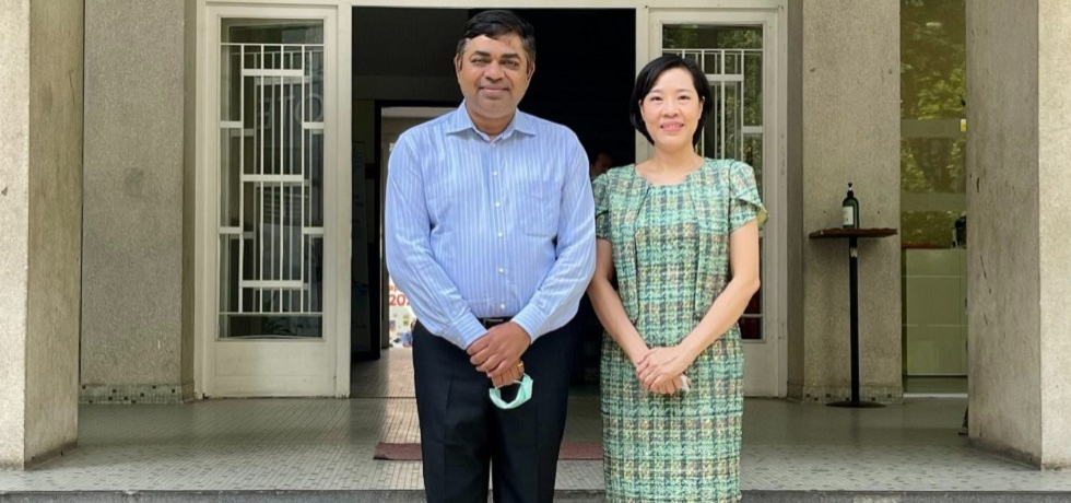 Meeting of Dr. Madan Mohan Sethi, Consul General of India with Ms. Nguyen Ngoc Lan, Director of the Institut D'Echanges Culturels Avec La France à Ho Chi Minh Ville (Institute for Cultural Exchanges with France) on 23rd February, 2021.
