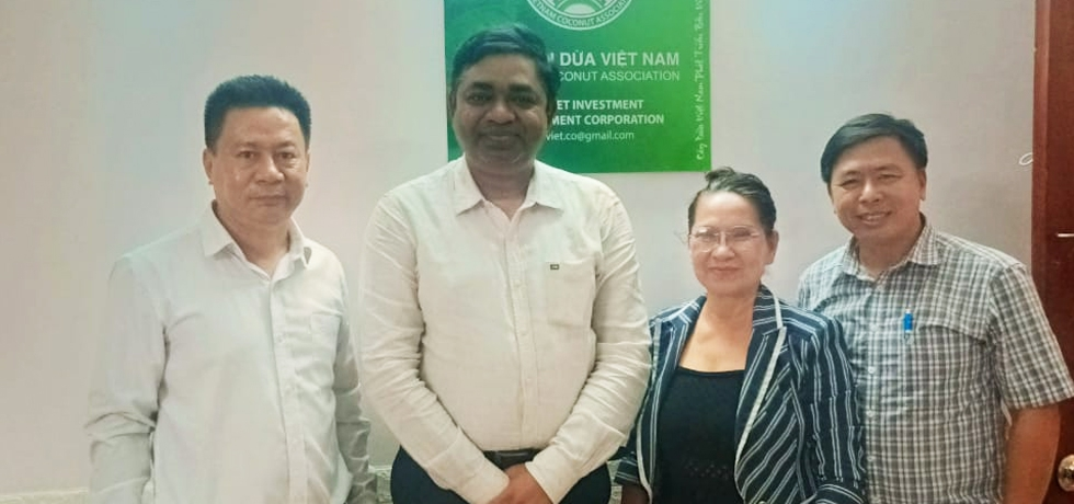 Meeting of Consul General Dr. Madan Mohan Sethi with Mme. Nguyen Thi Kim Thanh, Chairwoman of Vietnam Coconut Association (VCA) on 05th April 2021