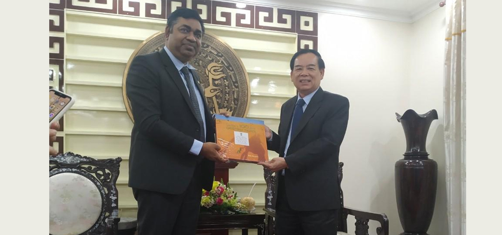 Consul General Dr. Madan Mohan Sethi paid a courtesy call on Mr. Tran Ngoc Tam, Chairman of People's Committee of Ben Tre Province on 06 April, 2021.
