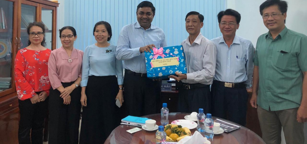 Meeting of Consul General Dr. Madan Mohan Sethi with  Mr. Le Xuan Hai, Chairman of Dong Thap Union of Friendship Organizations on 11th April 2021.