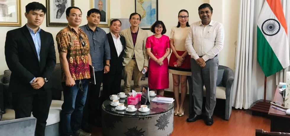 Consul General of India Dr. Madan Mohan Sethi met with the delegation from the Voice of Ho Chi Minh City People (VOH, Pacific Group and Kamy Media & Entertainment) on May 7th, 2021.