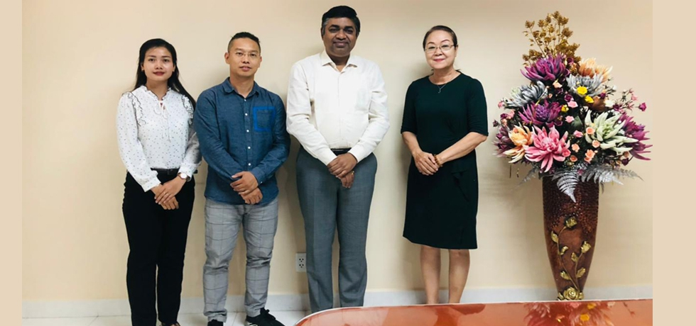 Consul General of India Dr. Madan Mohan Sethi met with Mrs. Le Tu Le, Standing Vice Chairperson of Ho Chi Minh Union of Literature and Arts Association and Mr. Mai Thanh Son, Vice Director of Symphony & Traditional Orchestra, Ho Chi Minh City Conservatory of Music on May 11th, 2021.